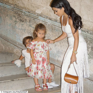 Little Post_Promi Eltern Kourtney Kardashian Familie